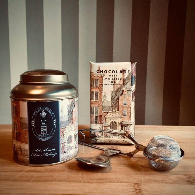 Het Kleinste Huis Theepakket Luxe met melk chocolade - Cadeaupakketten