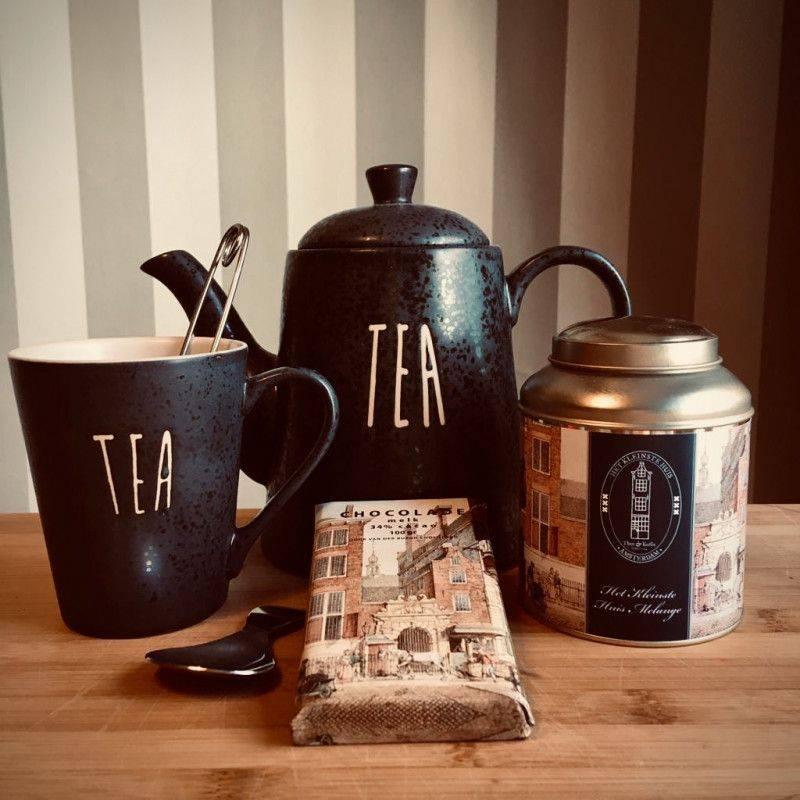 Tea Time Pakket met Melk Chocolade - Cadeaupakketten
