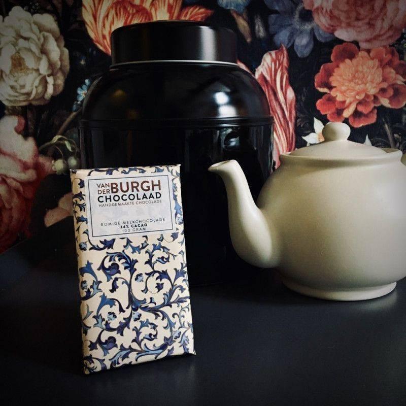 Creamy Milk Chocolate 34% - Van der Burgh - Chocolate