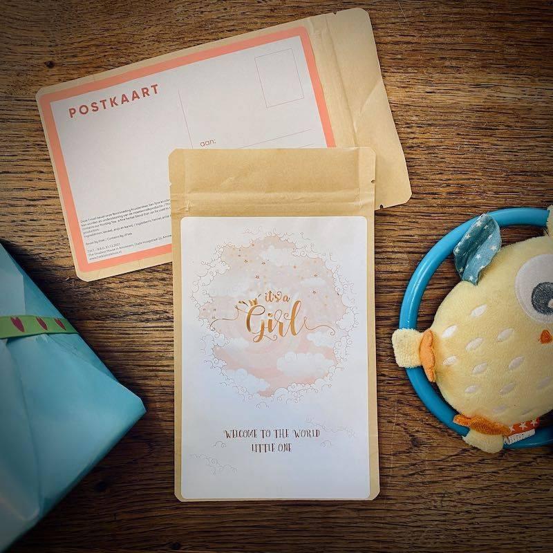 Tea Postcard - It's a girl! - T-mail