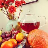Fall is here, time for tea my dear!   We have got some amazing autumn teas for you in store! Beautiful rich blends with fruits and spices such as apple, pear, orange, cinnamon, cloves and pink pepper.   Never mind the rain and wind, tea is brewing!   #fall #autumn #autumntea #spicytea #herbsandspices #teaisbrewing #fruitytea #teablends #ilovetea #tealovers #herfstthee #herfstmelange #herbaltea #herbalblend #kruidenthee #infusion #teatime #myteaandme #meandmytea #autumnflavours #teashop #teashopamsterdam #teainamsterdam #amsterdam #thesmallesthouseinamsterdam #organictea #organiclifestyle #vegan #veganfood #kooplokaal