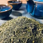 Sencha, the specialty tea from Japan!  This lovely green tea comes from tea plants that have been grown in direct sunlight, giving them their bright green color.   The youngest top buds and tea leaves are steamed, rolled into cylinders and crumpled when dried.   Sencha has a slightly grassy fragrance, a bright yellow color when brewed and a light aroma with a perfect blend of bitter and sweet taste.   And now on to the best part... Sencha is very beneficial to your health!  Sencha contains a high level of antioxidants and polyphenols which help neutralize the harmful effects of free radicals.   The potential benefits of sencha green tea are quite impressive. From anti-cancer properties, lowering bad cholesterol to aiding weight loss. The list goed on and on.   To give you a better understanding of the health benefits that Sencha has to offer, we will soon dedicate a blog about this wonderful tea on our website.   Can't wait to try this amazing Japanese wonder? Our organic premium Sencha is available instore and online (link in bio).   #sencha #senchagreentea #senchatea #healthytea #healthylifestyle #healthyliving #japanesetea #senchafukuyu #tea #tealovers #ilovetea #insteagram #teashoptea #teashopamsterdam #foodiesamsterdam #amsterdamfoodies #kyusu #hetkleinstehuis #thesmallesthouseinamsterdam #smallesthouse #thee #groenethee #theewinkelamsterdam #topshelftea #premiumtea #organictea #organicliving #biologischethee #organic